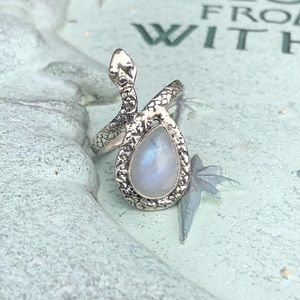 Moonstone Snake Sterling Silver Ring Sz 7